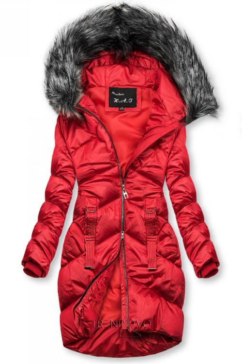 Červená lesklá prošívaná bunda na zimu