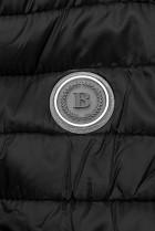 Černá prošívaná bunda se vzorovanou podšívkou